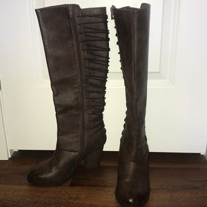Brown, laced back, healed boots
